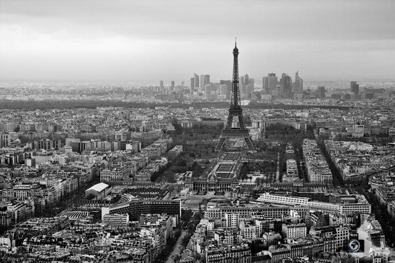 Reisefotografie - Fotografie Tipp - Rechtliche Rahmenbedingungen beachten - Eiffelturm Paris