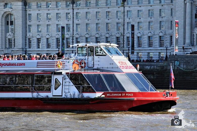 London Bootsfahrt auf der Themse - Ausflugsboot