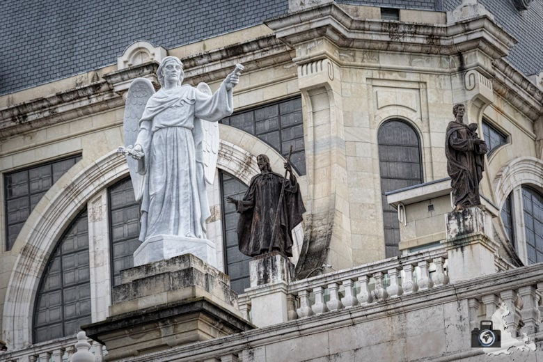 Sehenswürdigkeiten in Madrid - Almudena Kathedrale