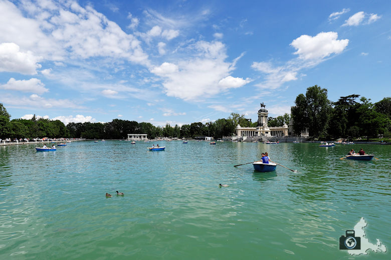 Retiro Park in Madrid - See