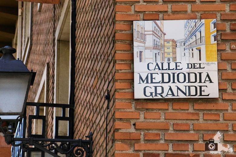 Straßenschild in Madrid