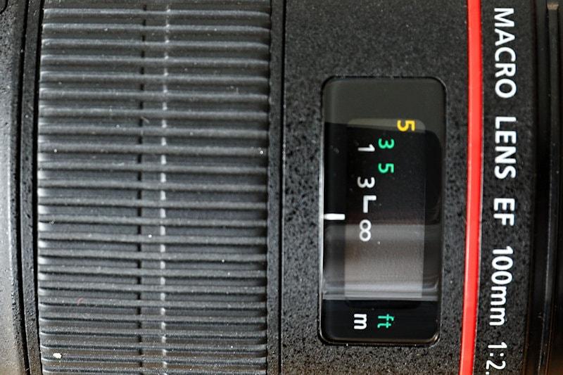 Canon 100 mm f/2.8 L Macro IS USM - Display