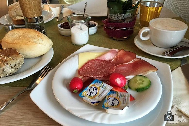 Pflugwirts Gasthaus mit Hotel - Frühstück