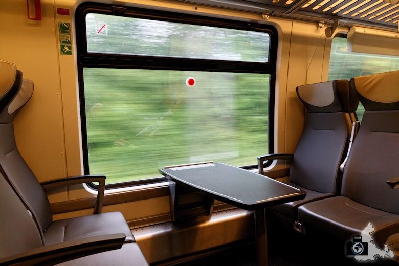 bwegt Zug - erste Klasse Abteil