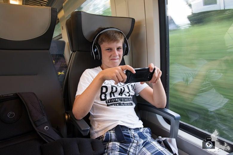 Mit dem bwegt Zug unterwegs auf der Gäu- und Murrbahn Linie