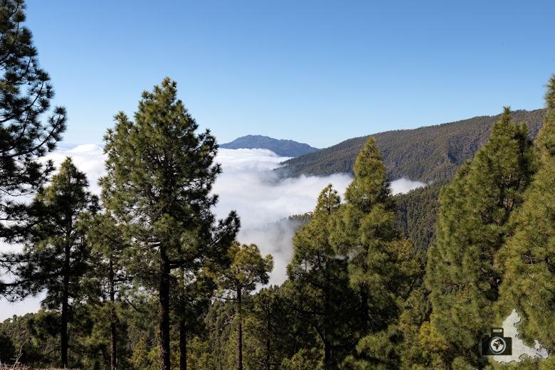 La Palma, Aussicht über den Wolken auf die Landschaft