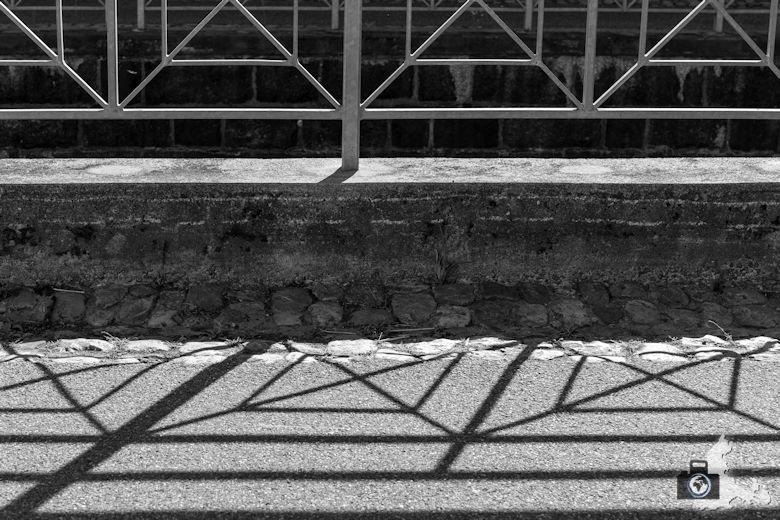 Fotowalk #8 - Licht & Schatten - Gitter