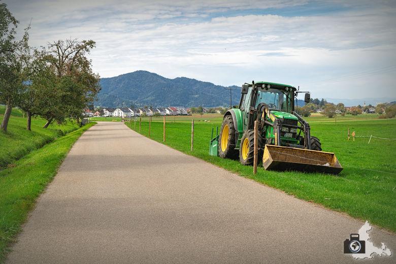 Wanderung Dreisamtal - Kapellenweg Stegen - Traktor