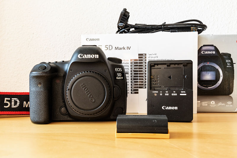 Canon EOS 5D Mark IV - Lieferumfang