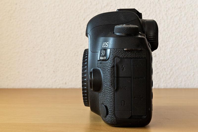 Canon EOS 5D Mark IV - Seitenansicht