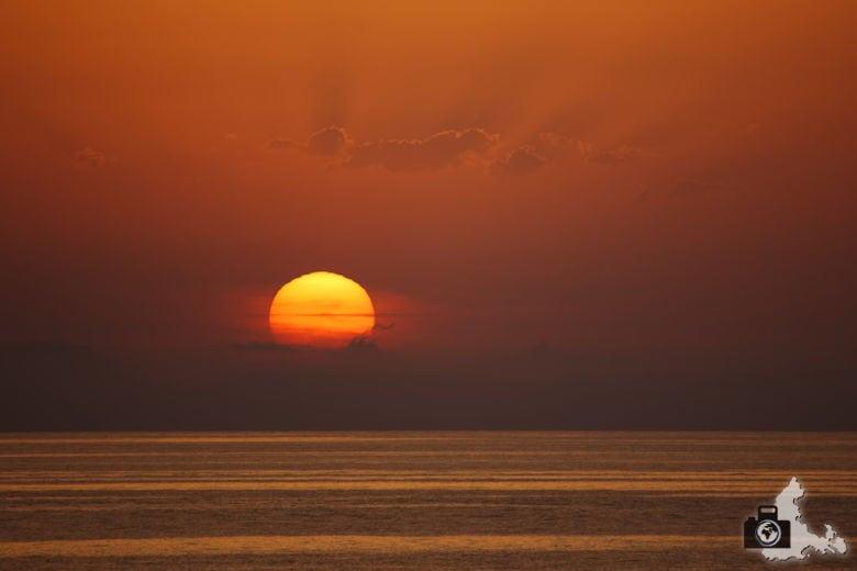 Tipps zum Fotografieren an Strand & Küste - Sonne als Feuerball