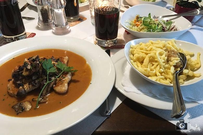 Restaurant-Test - Gasthaus Bären in Freiburg - Putenfilets mit Steinpilzen