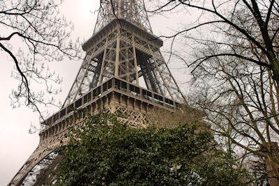 eiffelturm-paris-weltwunder-finalist