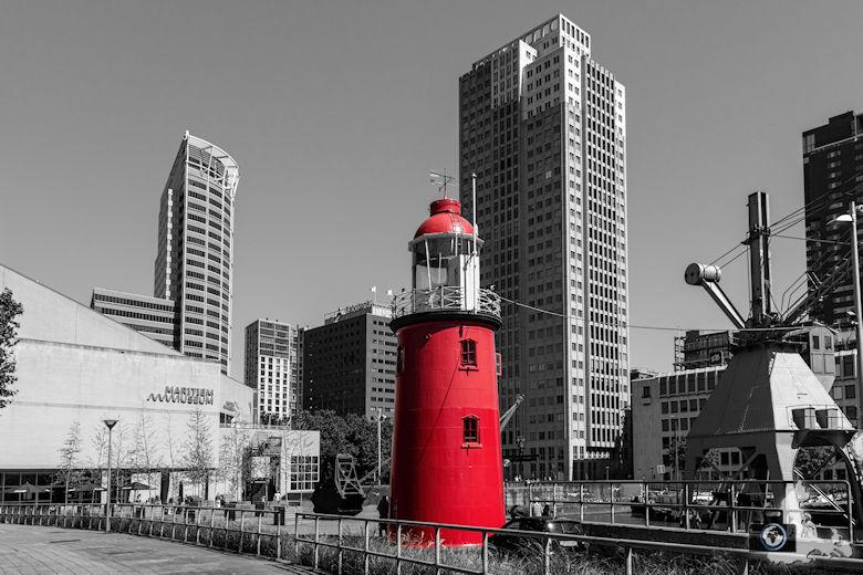 fotobearbeitung-reisebild-rotterdam-leuchtturm-bearbeitet-780