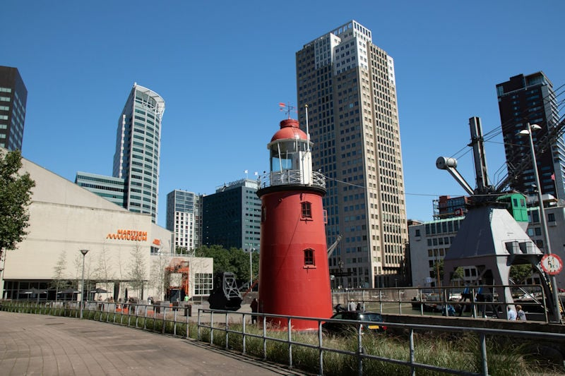fotobearbeitung-reisebild-rotterdam-leuchtturm-unbearbeitet-800