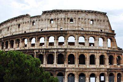 Weltwunder der Neuzeit Kolloseum in Italien