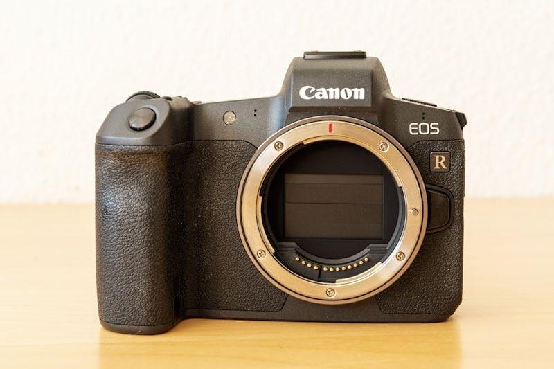 Canon EOS R Testbericht - Frontseite