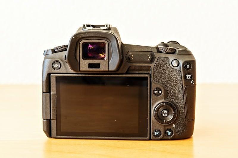 Canon EOS R Testbericht - Rückseite