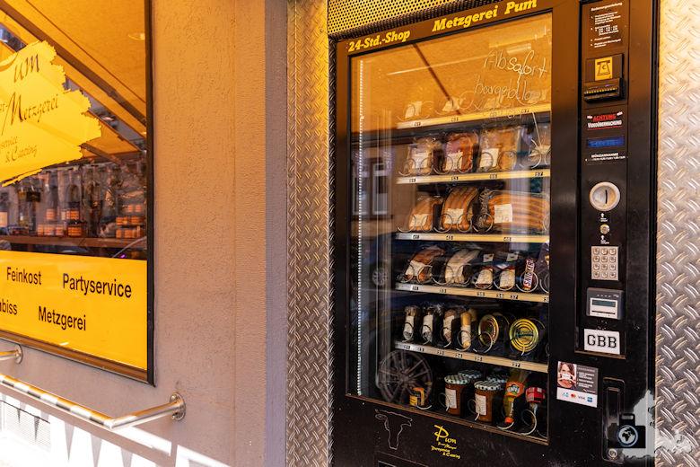 Wurstautomat Feinkostmetzgerei Pum, Freiburg, Stadtteil Stühlinger