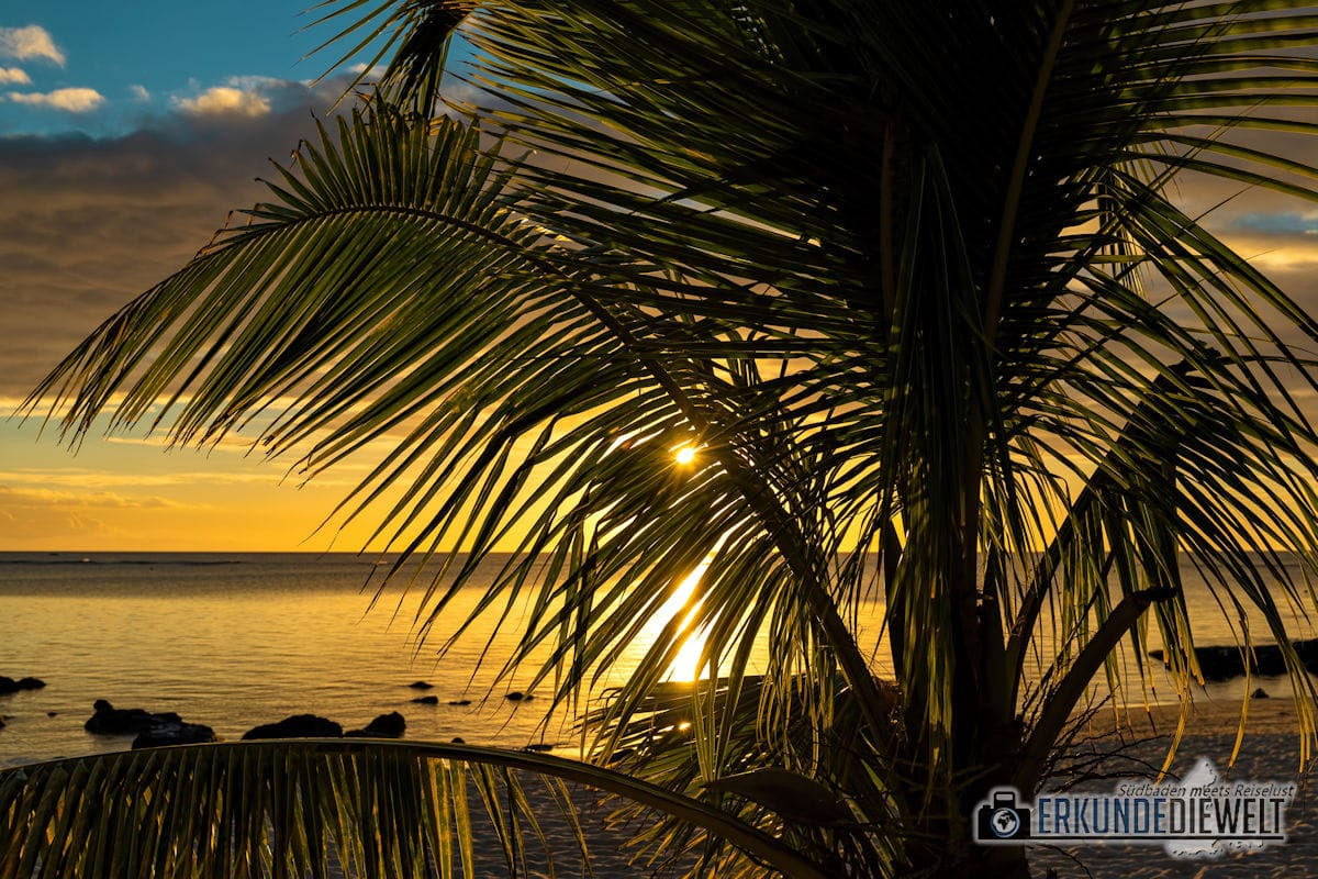 Sonnenuntergang am Strand von Mauritius