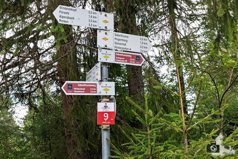 Schwarzwälder Genießerpfad - Säbelthomaweg Hinterzarten - Wegweiser