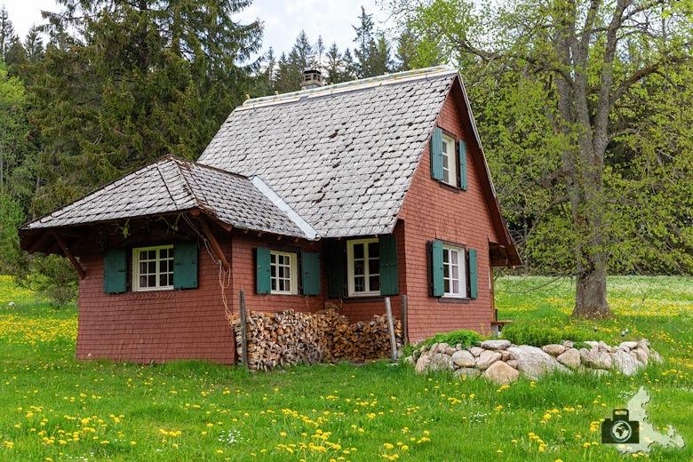 Schwarzwälder Genießerpfad - Säbelthomaweg Hinterzarten - Häuschen