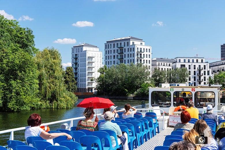 Brückenfahrt Berlin - Ausflugsschiff