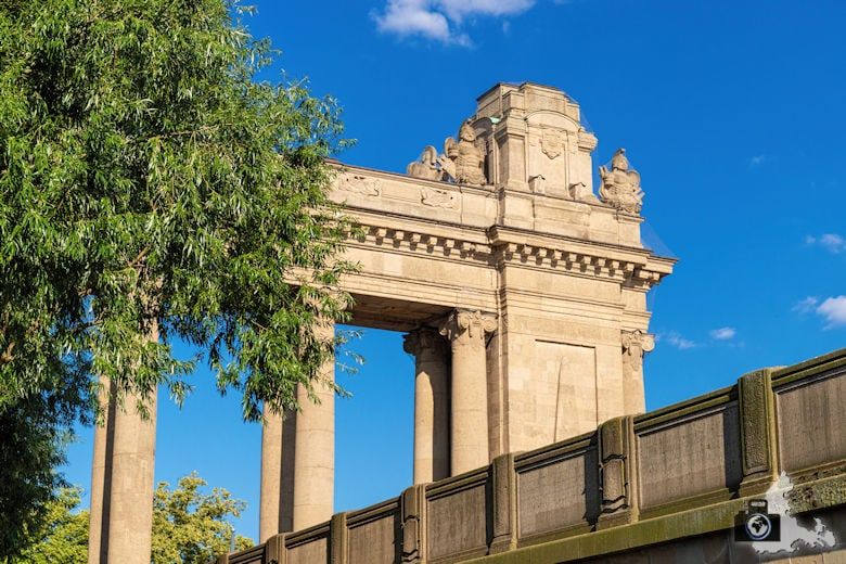 Brückenfahrt Berlin - Charlottenburger Tor