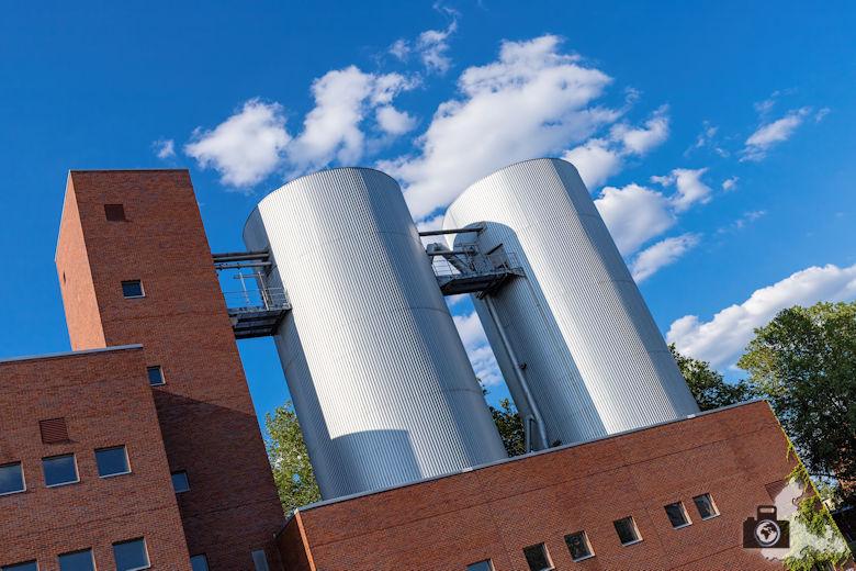 Brückenfahrt Berlin - Industriegebäude