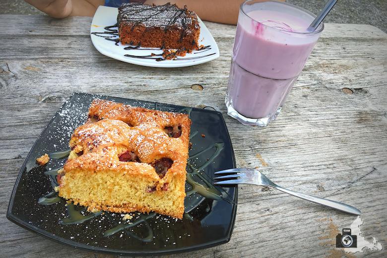 kuchen-joghurt-einkehr-alpe-luenersee-s780