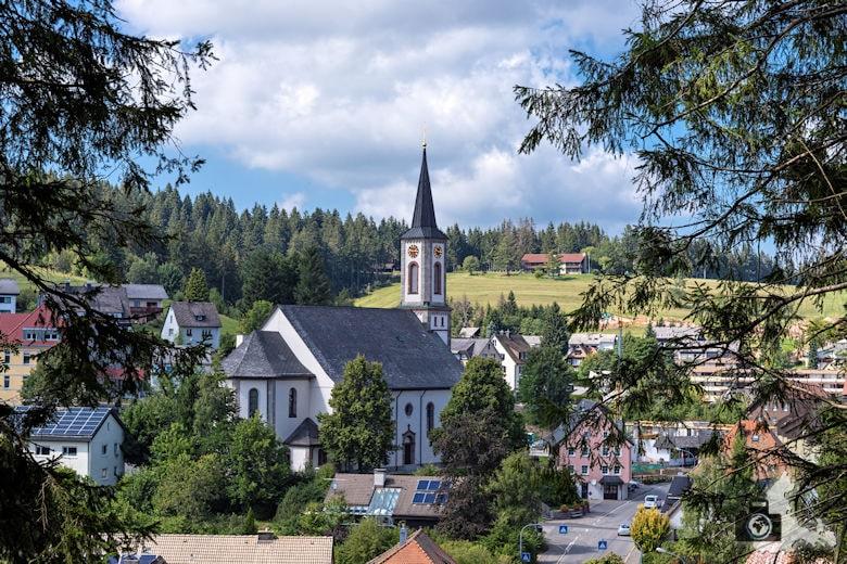 Kirche, Schwarzwälder Genießerpfad Heilklima-Steig Schönwald