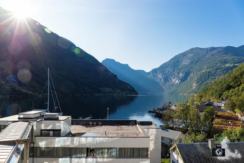 Aussichtsterrasse, Hotel Geiranger, Norwegen