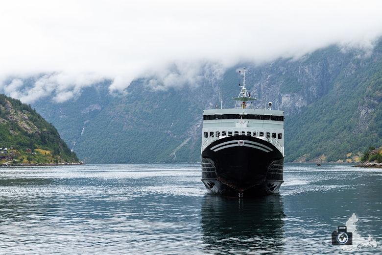 Fähre auf dem Geirangerfjord