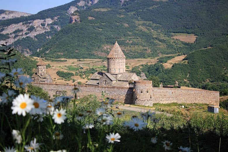 armenien-tatev-reise-vizarm