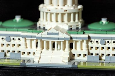 lego-21030-united-states-capitol