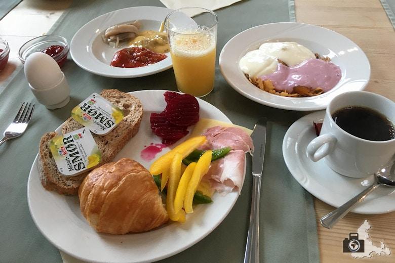 havila-hotel-geiranger-fruehstueck