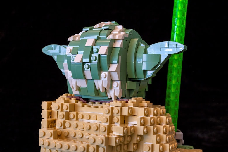 lego-75255-yoda-08-s780