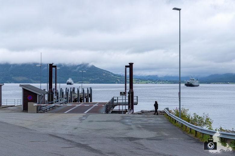 Norwegen im Regen - Fähre
