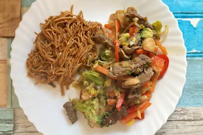 Rindfleisch mit Wok-Gemüse